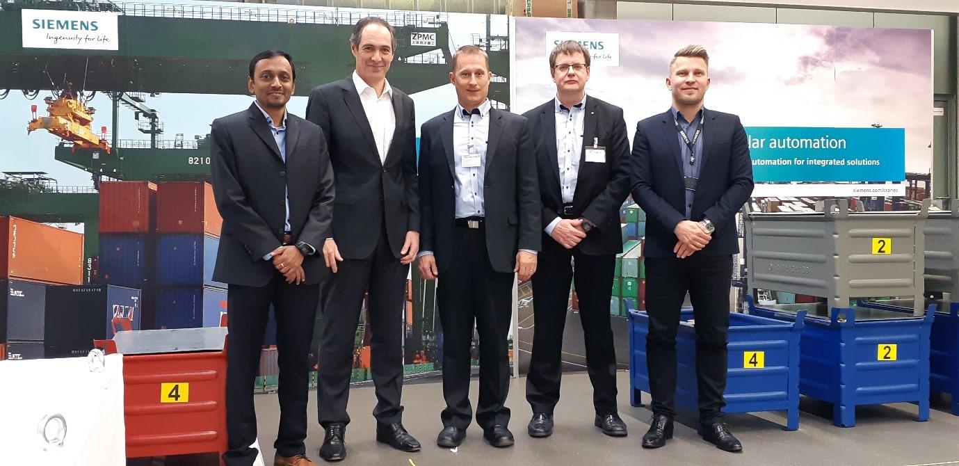 Siemens and Mevea representatives
